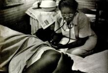 Image of a nurse midwife